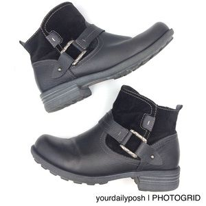 Earth Origins black leather and suede harness boot